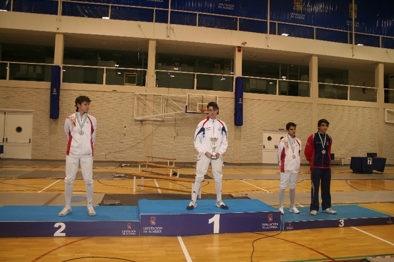 podio-espada-m-17-samir-el-moussaoui-1%c2%ba-dcha-medalla-de-bronce